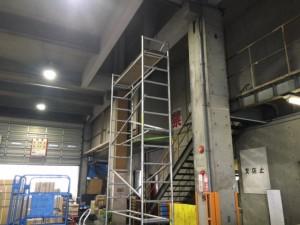 東京都江東区 鳩の糞害対策 物流センターの事例