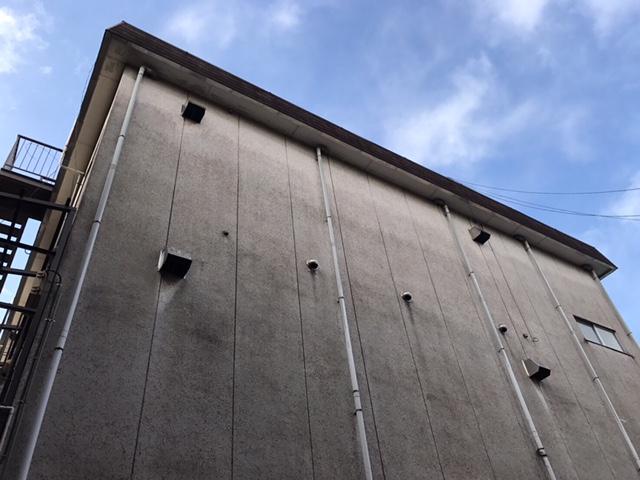 ビルの換気フードに鳩が居るのでどうにかしたい。。。東京都足立区西新井で鳩対策