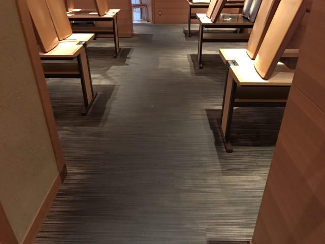大阪梅田、飲食店のカーペットクリーニング